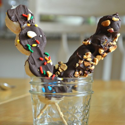 "Chocolate Covered Frozen Banana ""Lollipops"""
