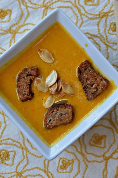 Creamy Butternut Squash Soup {with Browned Butter Cinnamon Sugar Croutons!}