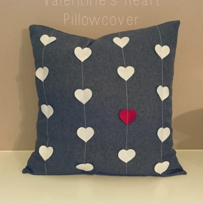 Valentine's Heart Pillowcover